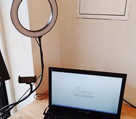 動画配信用スマホ固定装置、ライト